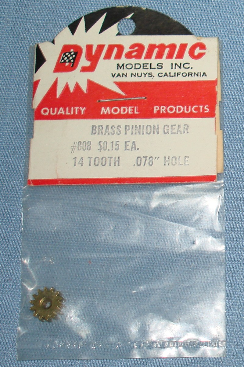 Dynamic Models 1:24 Slot Car Racing 14T Tooth Brass Pinion Gear #808