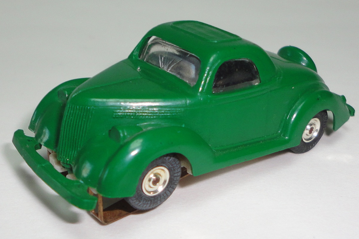 Atlas British Racing Green MOC 1930 Ford Touring HO Slot Car