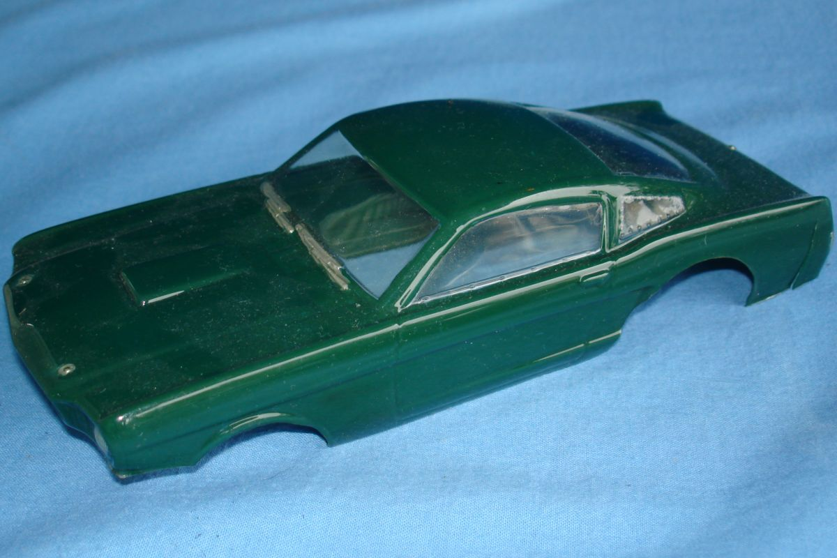 Unknown Vintage 1:24 Scale Slot Car Racing Clear Painted Body Ford Mustang Fastback Hood
