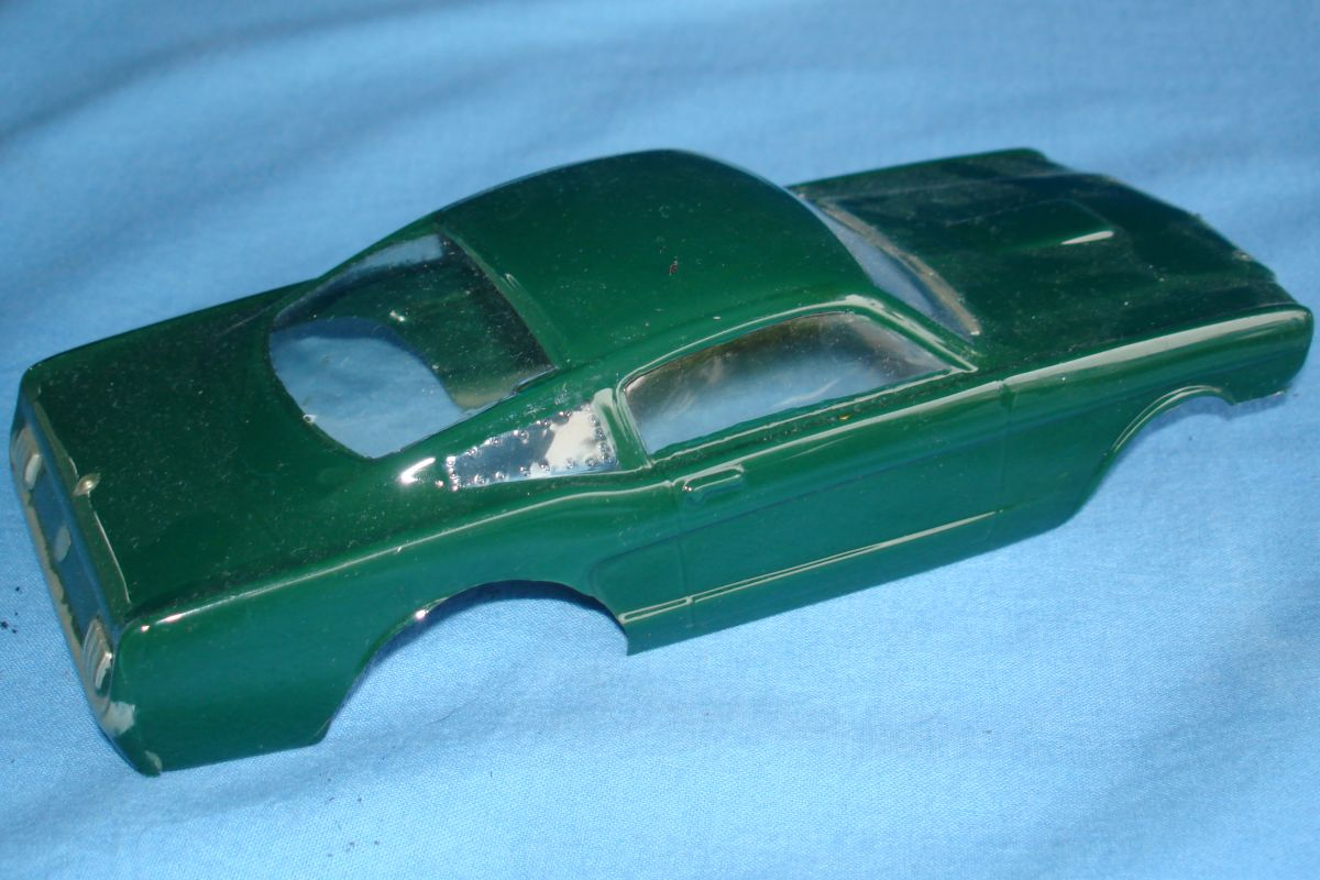 Unknown Vintage 1:24 Scale Slot Car Racing Clear Painted Body Ford Mustang Fastback Trunk
