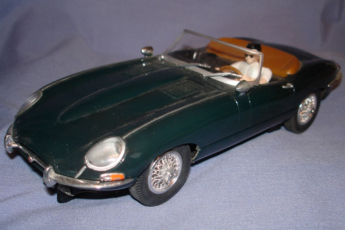 Carrera 1:24 Scale Slot Car