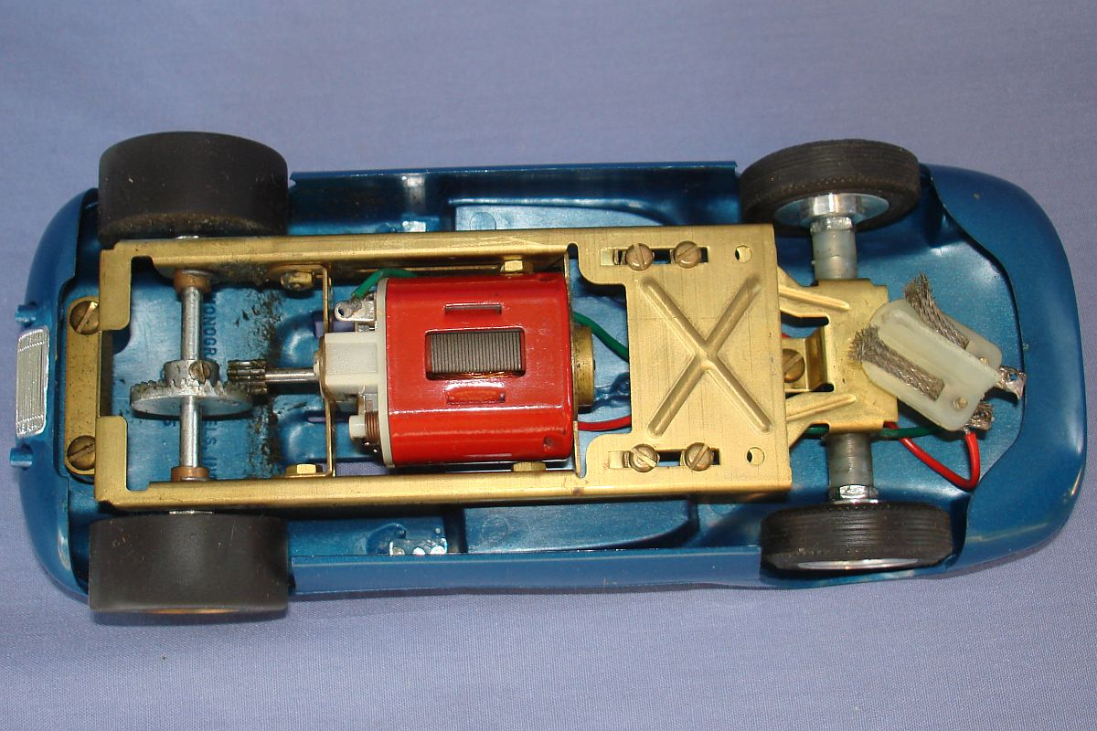 Monogram 1:24 Scale Slot Car Racing Scarab Body Brass Chassis Inline Can Motor