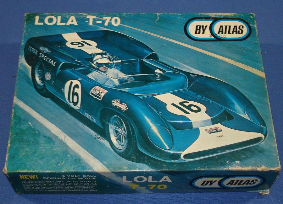 Atlas 1:24 Scale Lola T70 Slot Car Racing White Body Kit #1651 Box