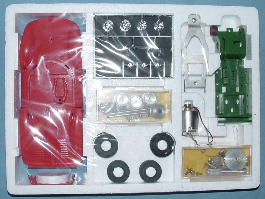 Faller 1:24 Scale Ferrari 330 P2 Slot Car Club Racing Kit 6801 Contents