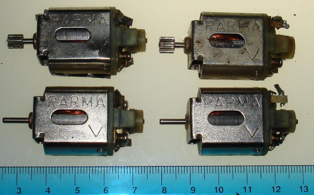 Vintage 1:24 Scale Slot Car Racing Chassis Spare 16D Motors White Endbells