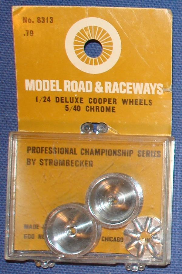 Strombecker 1/24 Electric Road Racing Slotcar Deluxe Chrome Cooper Wheels With Inserts