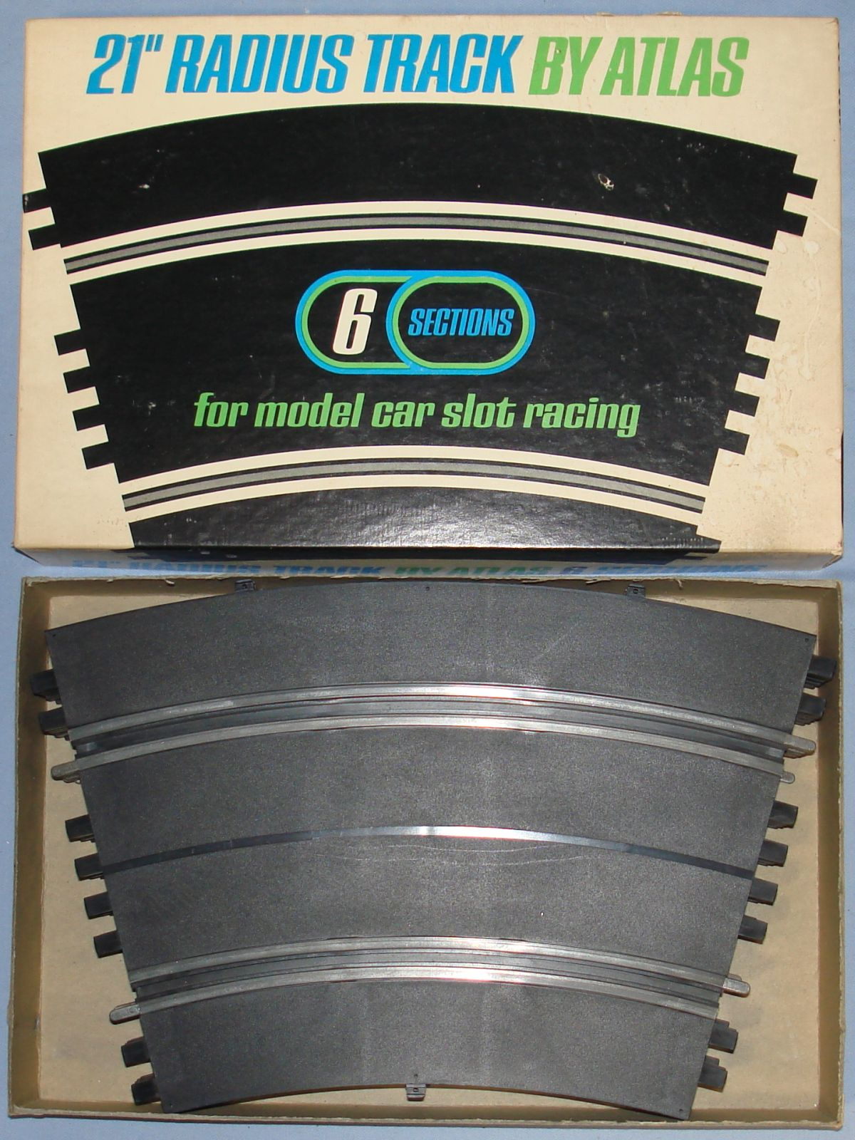 Atlas 124 132 Slot Car Racing Track 21 Inch Radius Curves #1532-498