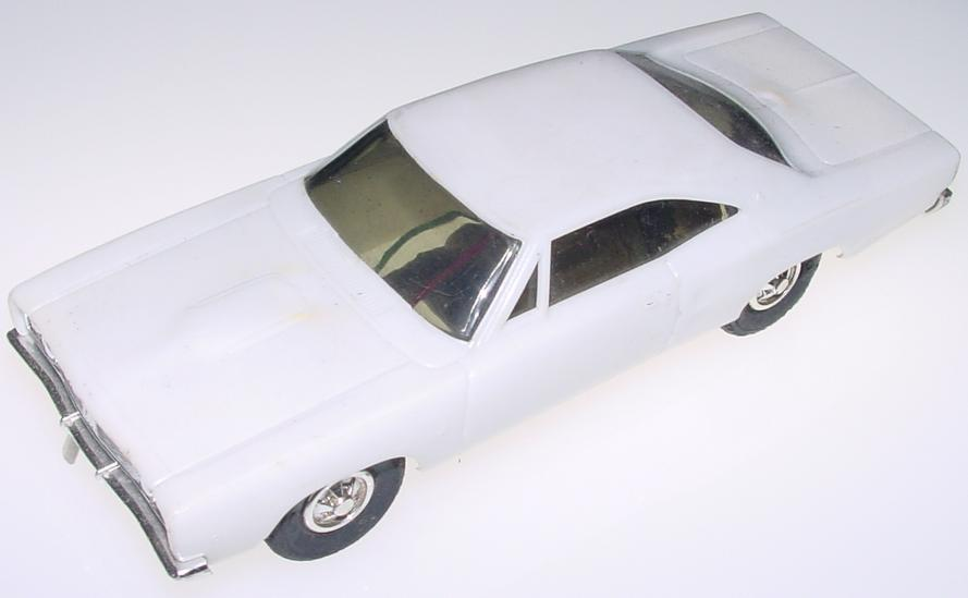 Eldon 132 Scale Dodge Coronet Slot Car Runner