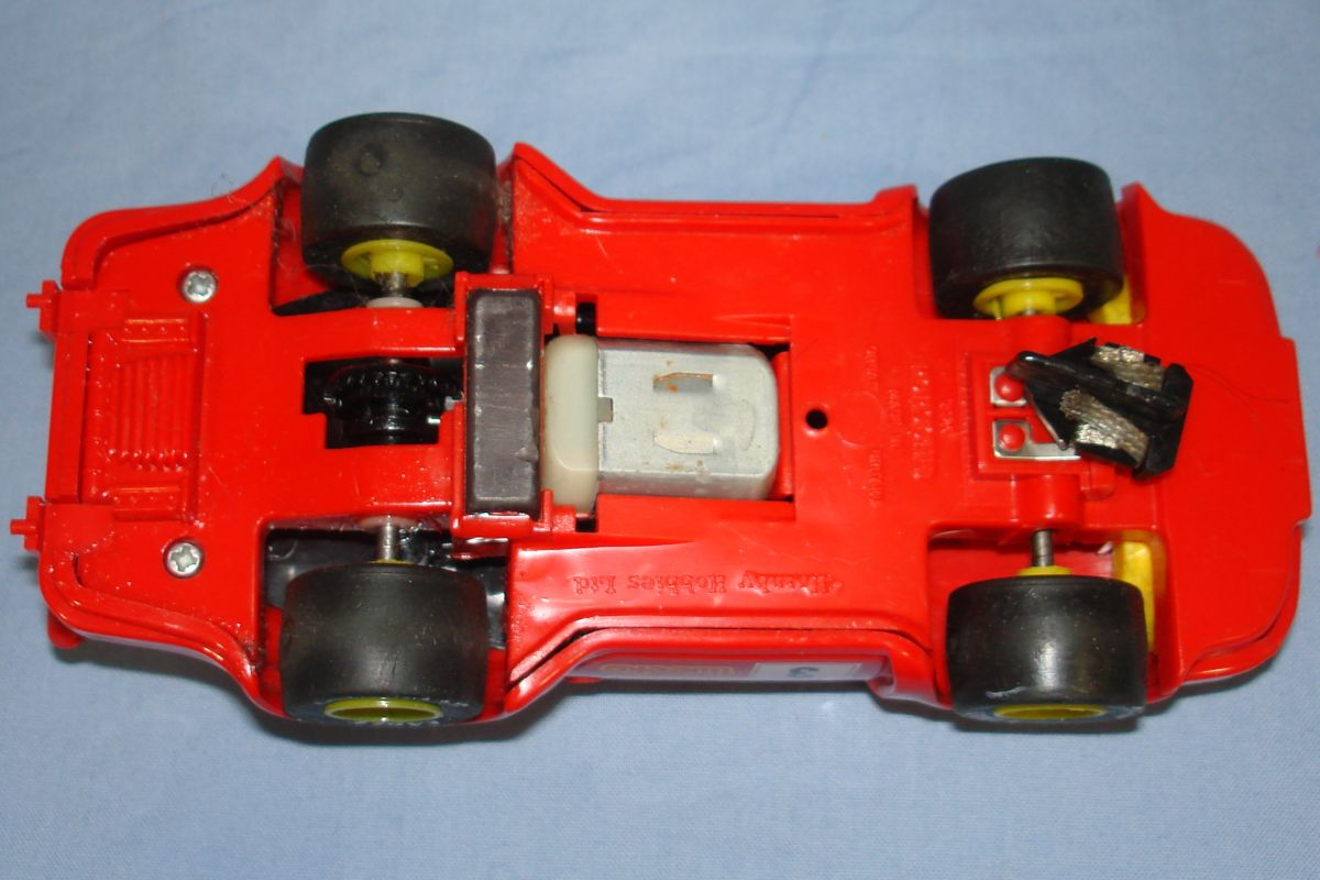 Scalextric Slot Car Racing Red Porsche 911 C394 Chassis