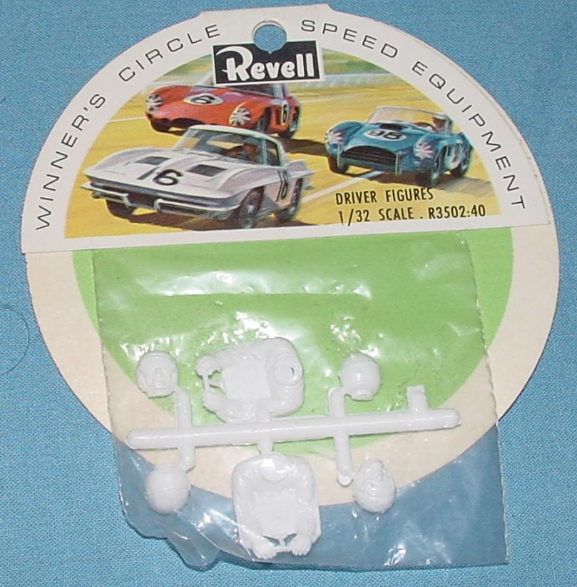 Revell 1:32 Slot Car Racing Driver Figures R3502