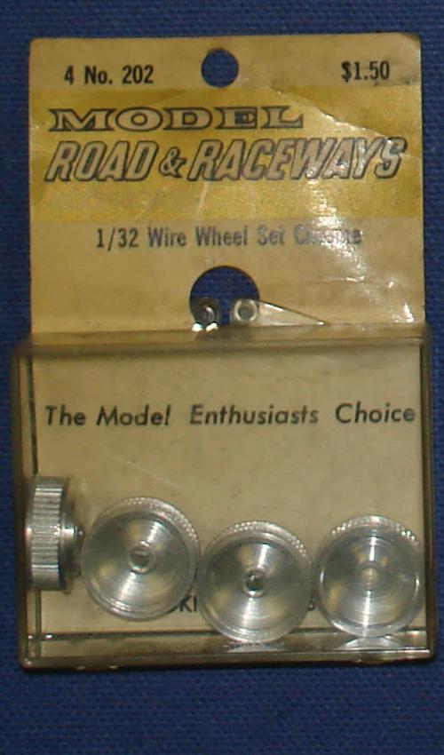 Vintage 1:32 Scale Strombecker Slot Car Racing Four Chrome Wire Wheel Set