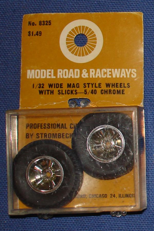 Strombecker 1/32 Electric Road Racing Slot Car Mag Style 5-40 Chrome Wheels With Slicks