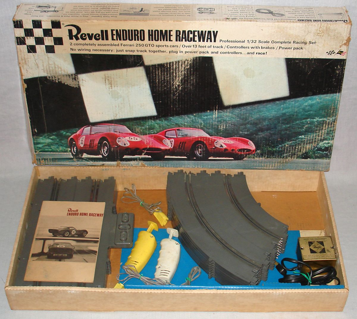 Revell Home Raceway 1:32 Scale Slot Car Racing Enduro Track Set R3001:3000
