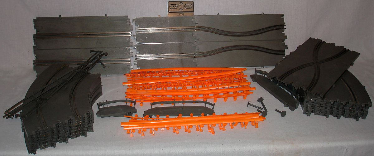 Revell Home Raceway 1:32 Scale Slot Car Racing Extra Track Orange Guardrails