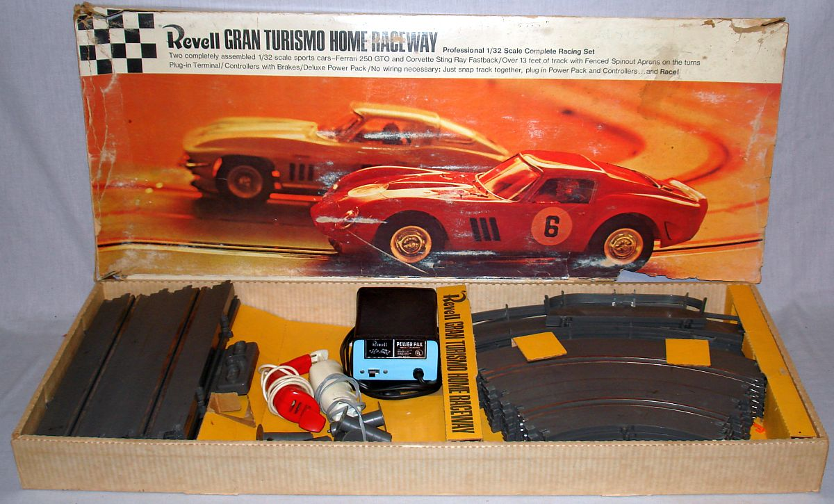 Revell Home Raceway 1:32 Scale Slot Car Racing Gran Turismo Track Set U3000:4000