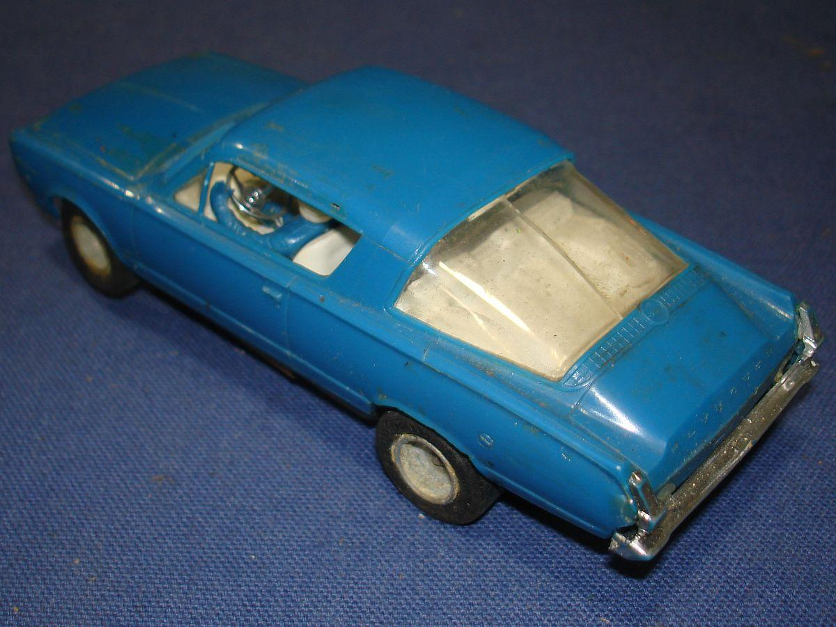 Strombecker 1:32 Scale Slot Car Racing Plymouth Barracuda Hood Roof