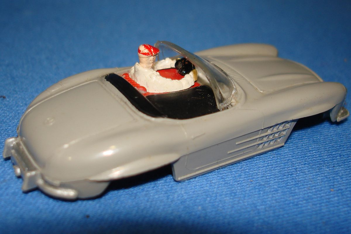 Aurora Model Motoring Slot Car Racing Grey Mercedes Benz 300SL Vibrator Trunk