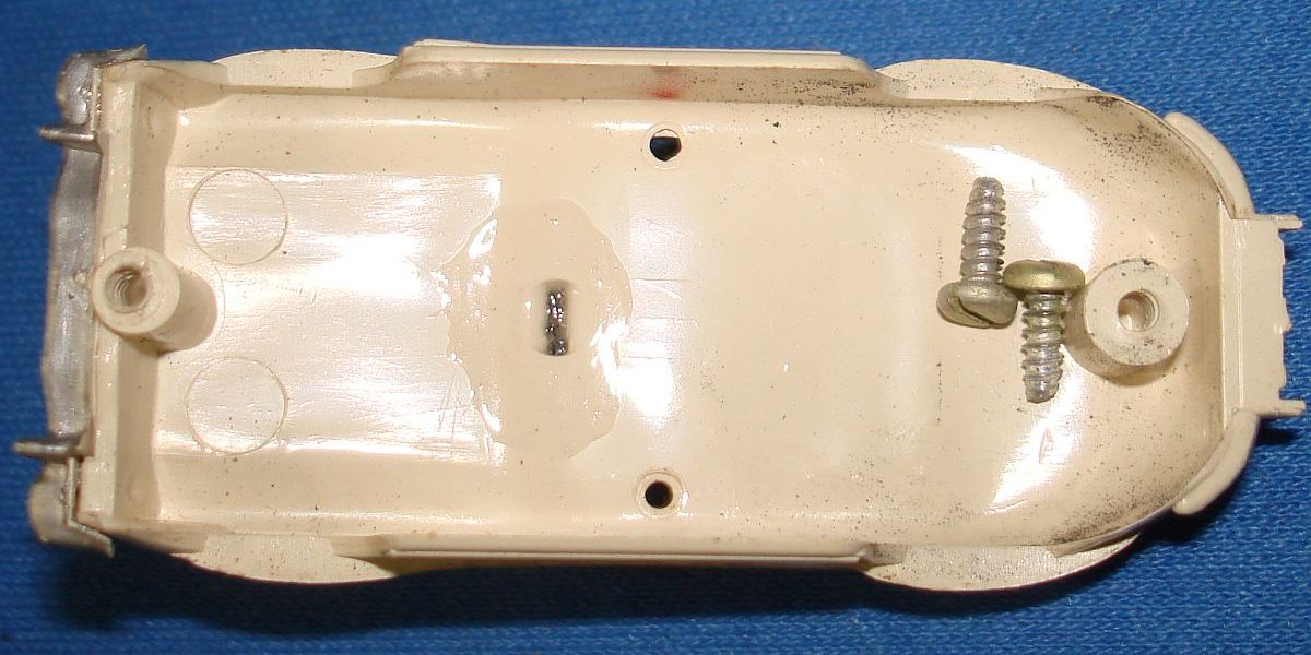 Aurora Model Motoring Slot Car Racing White Mercedes Benz 300SL Vibrator Chassis Posts