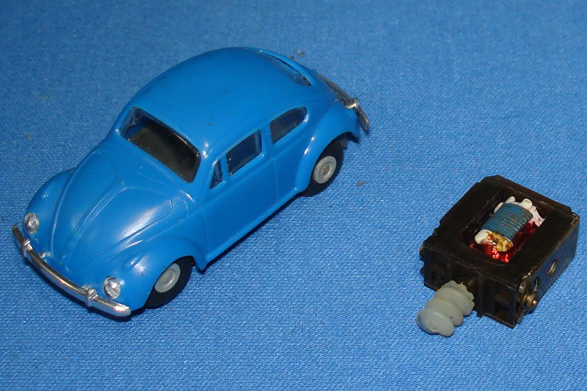 Faller HO Scale German Volkswagen VW Beetle Bug Slot Car Runner Hood Roof