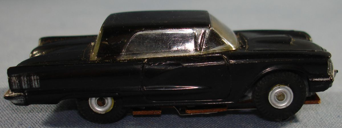 Vintage Aurora Model Motoring Vibrator Slot Car Black Ford Thunderbird Passenger Door