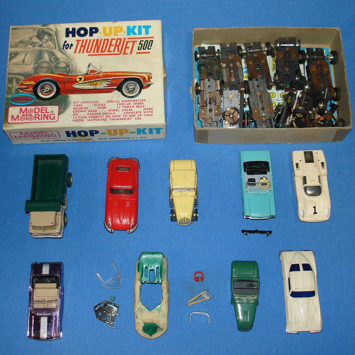 Aurora Model Motoring HO Scale Slot Car Racing Thunderjet 500 Chassis Runner Lot 9 Bodies