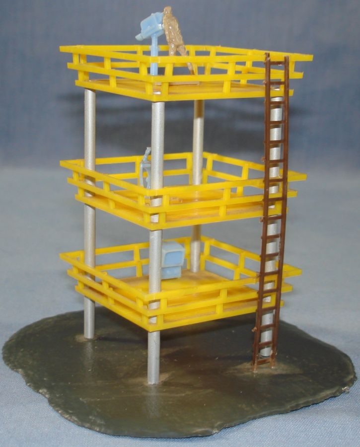 Atlas HO Scale Slot Car Layout TV & Radio Tower Track Structure #1410