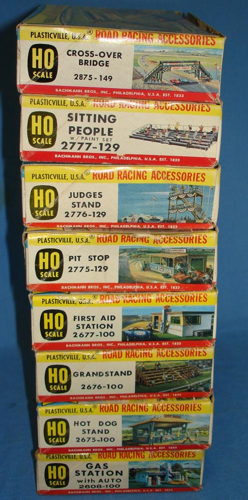 Plasticville USA Road Racing Accessories Kit Collection