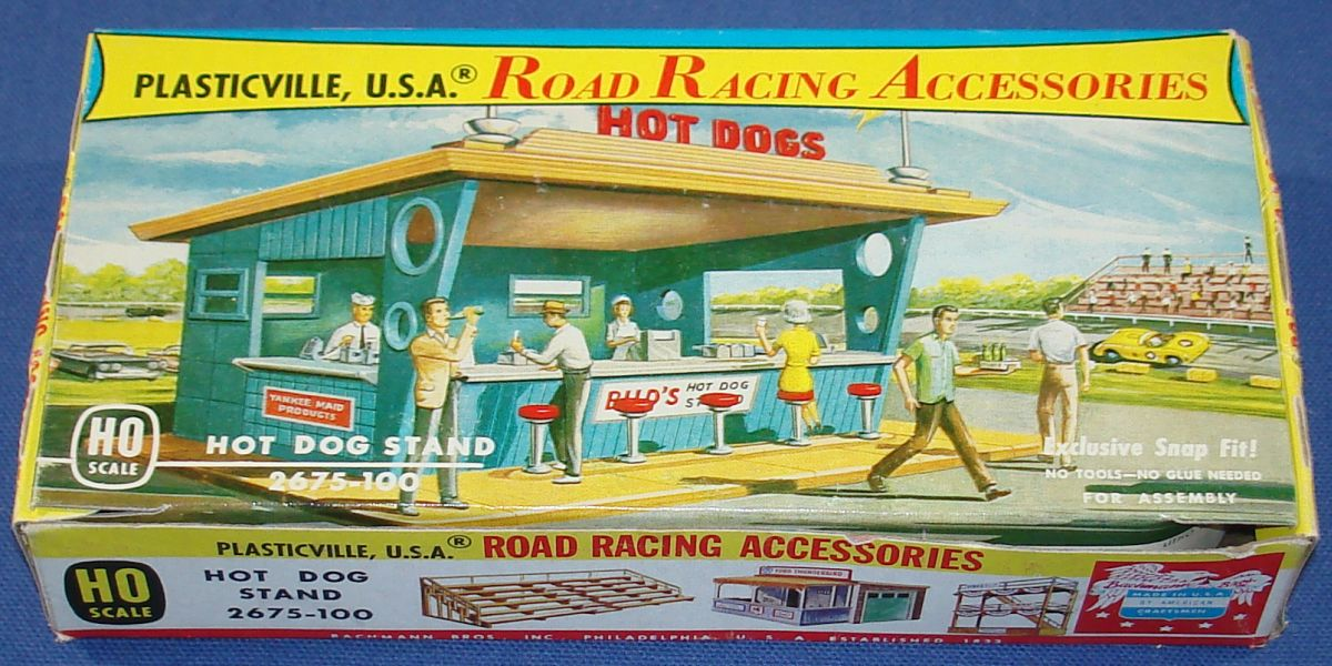 Plasticville Slot Car Racing Track Structure Hot Dog Stand #2675 Box