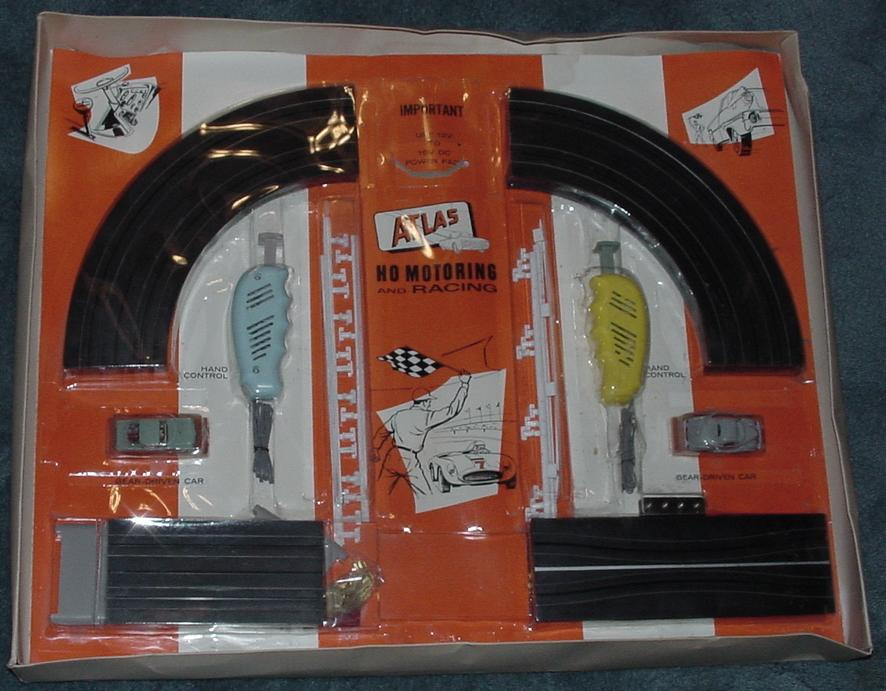 Atlas HO Scale Slot Car Racing Figure 8 Speedway Set #1205 NMIB