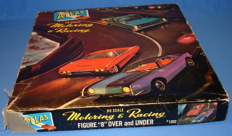 Atlas HO Scale Over & Under Slot Car Racing Track Set #1202 Cars Lid