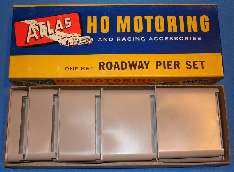 Atlas HO Slot Car Track Roadway Pier Set Stock Number 1250