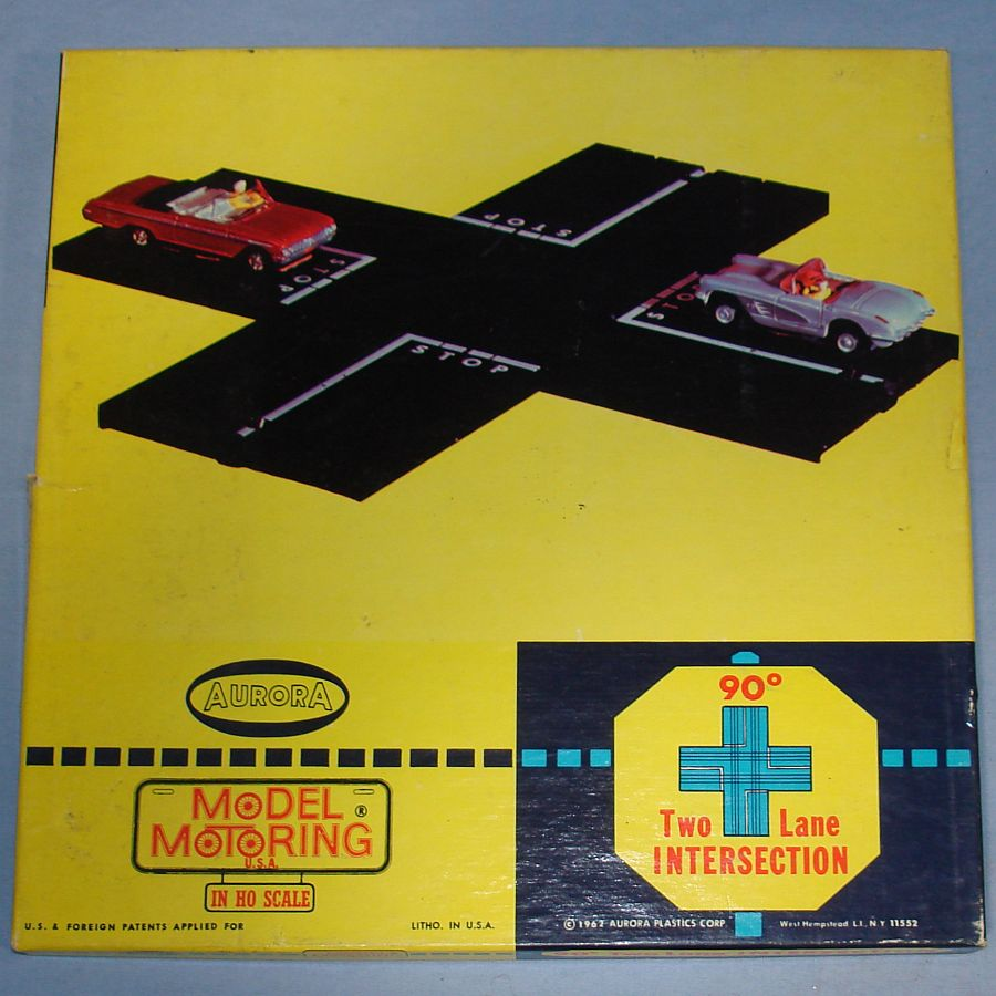 Aurora Model Motoring Slot Car Racing 90 Degree Two Lane Intersection #1523 Box