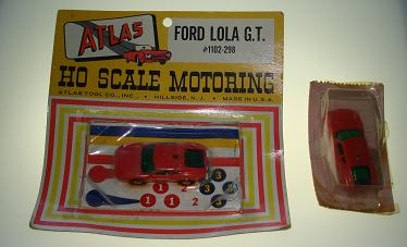 ATLAS HO MIDGET SLOT CARS 1102 RED FORD LOLA GT CARDED CAR + BONUS BODY