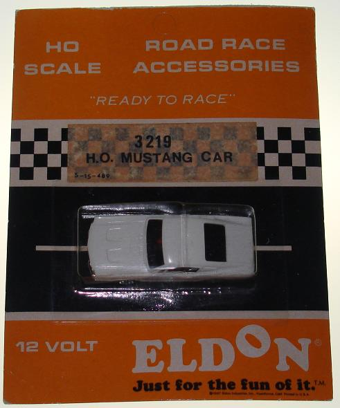 Eldon HO Ready To Race Slot Car Racing White Ford Mustang Fastback #3219