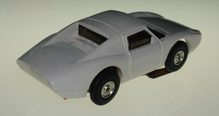 Atlas HO Scale White Porsche 904 1101 Slot Car Trunk