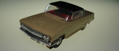 Atlas HO Slot Car Tan Chevrolet Impala Front Bumper