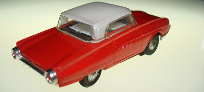 ATLAS HO SLOT CARS RED FORD THUNDERBIRD T-BIRD CHROME BUMPER WHITE SEATS BLACK RUGS ROOF