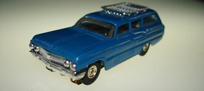 Atlas HO Slot Car Blue Station Wagon Front Bumper
