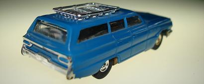 Atlas HO Slot Car Blue Station Wagon Rear Bumper