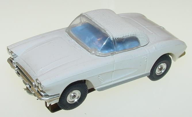 Atlas HO Chevy Vette Ragtop Slot Car