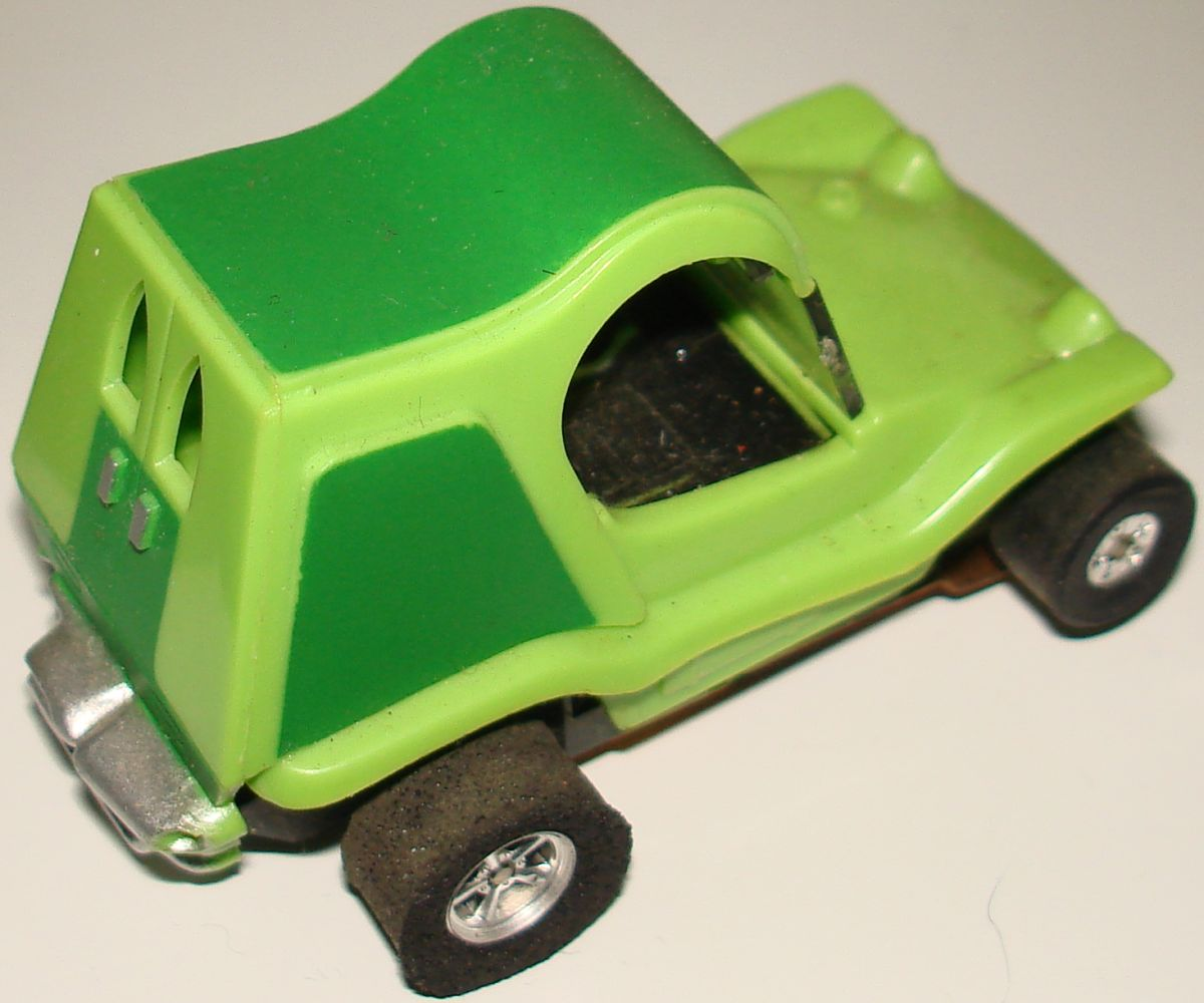 Aurora Model Motoring HO Scale Slot Car Racing Lime Green Sand Van Trunk