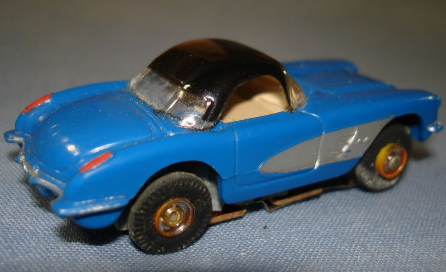 Vintage Aurora Model Motoring Vibrator Slot Car Chevrolet Corvette