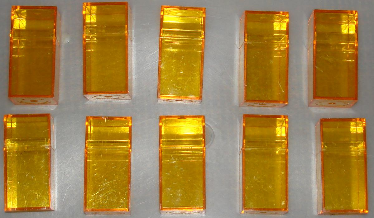 1:87 Scale Amber Plastic Small Spare Slot Car Parts Storage Boxes