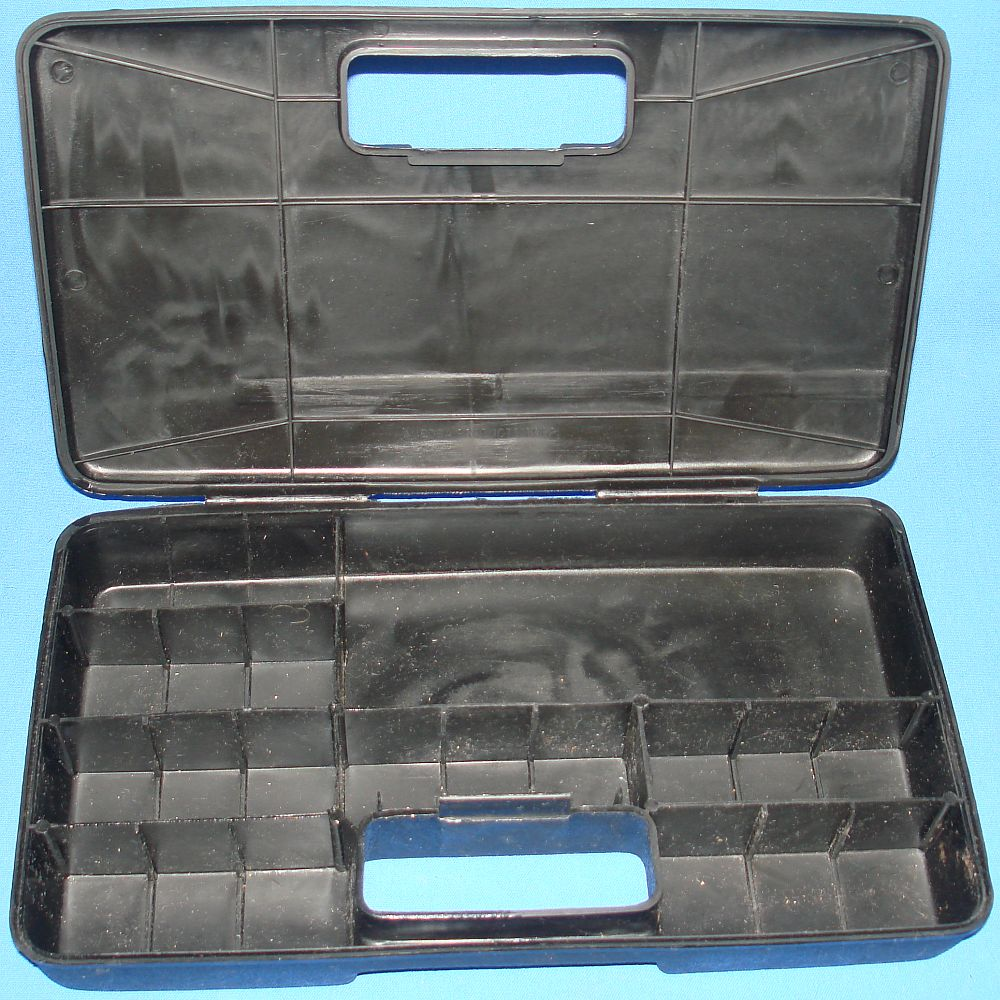 Aurora Model Motoring AFX HO Scale Slot Car Racing Pit Kit Carrying Case Compartments