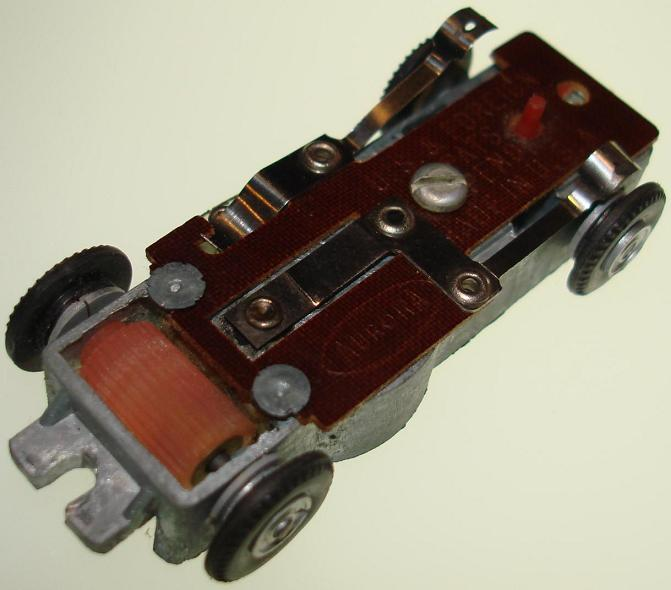 Aurora Model Motoring Vibro Embossed Slot Car Chassis Actuator Reed