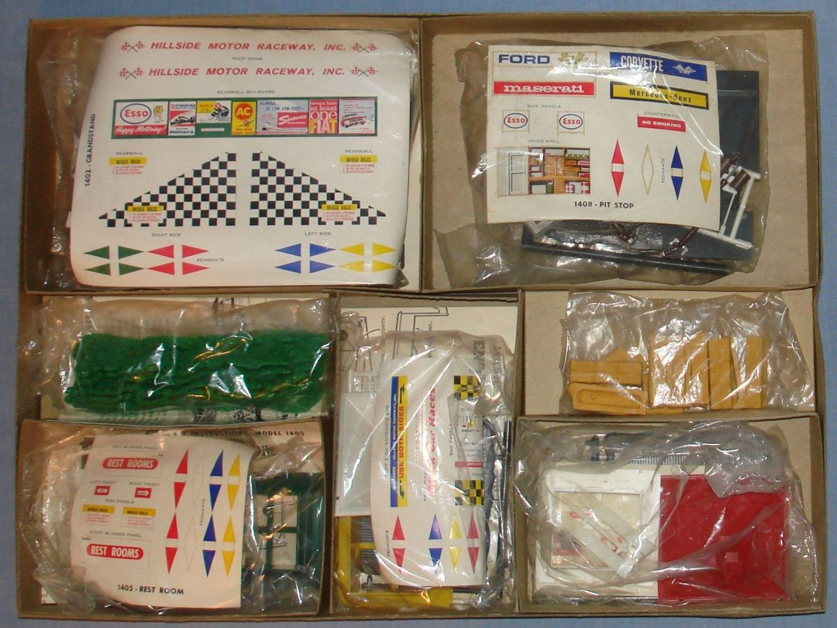 Atlas HO Slot Car Racing Motoring Accessory Grand Prix Set Box Contents #1400-595