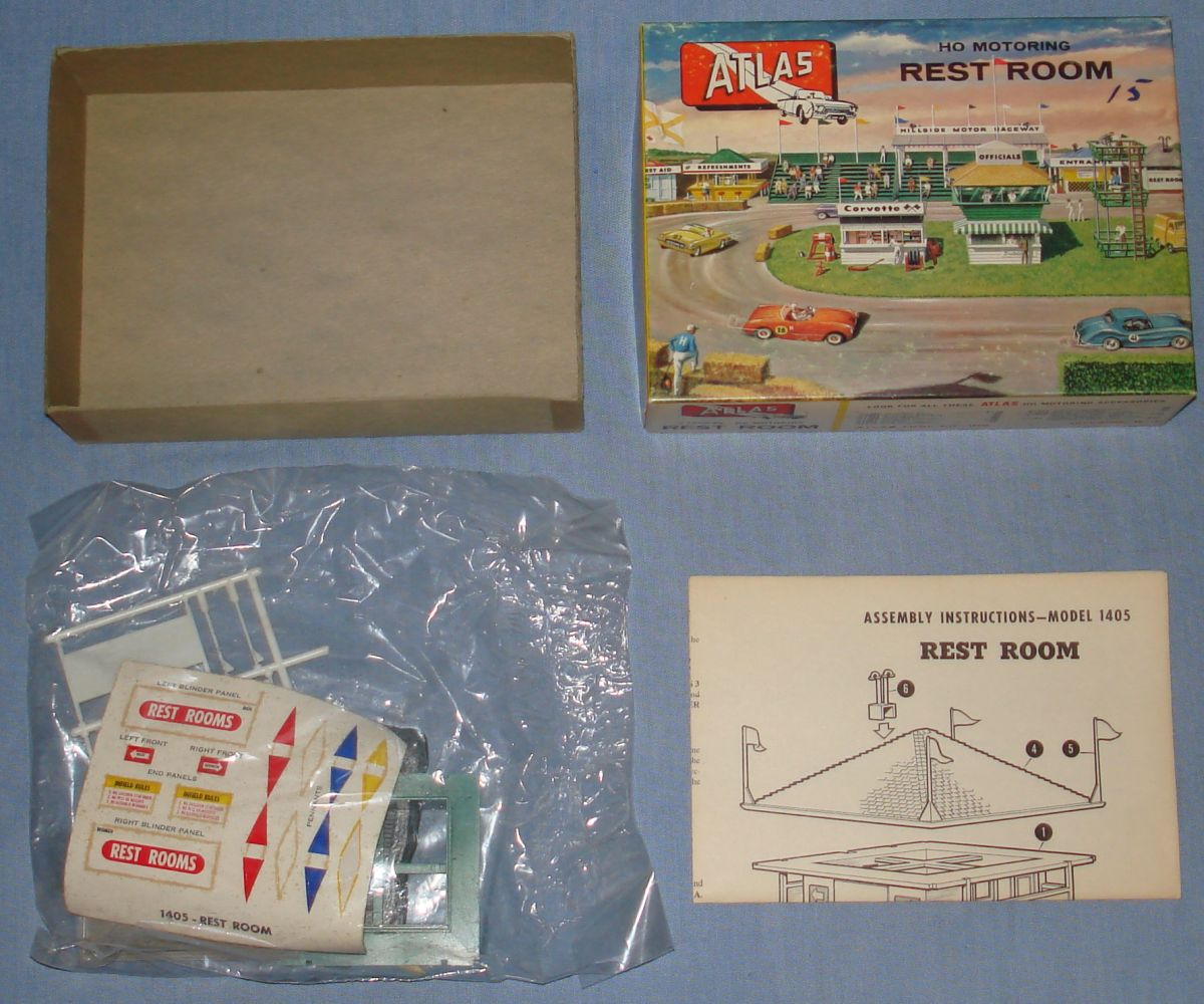 Atlas HO Slot Car Racing Layout Structure Kit 1405 Rest Room