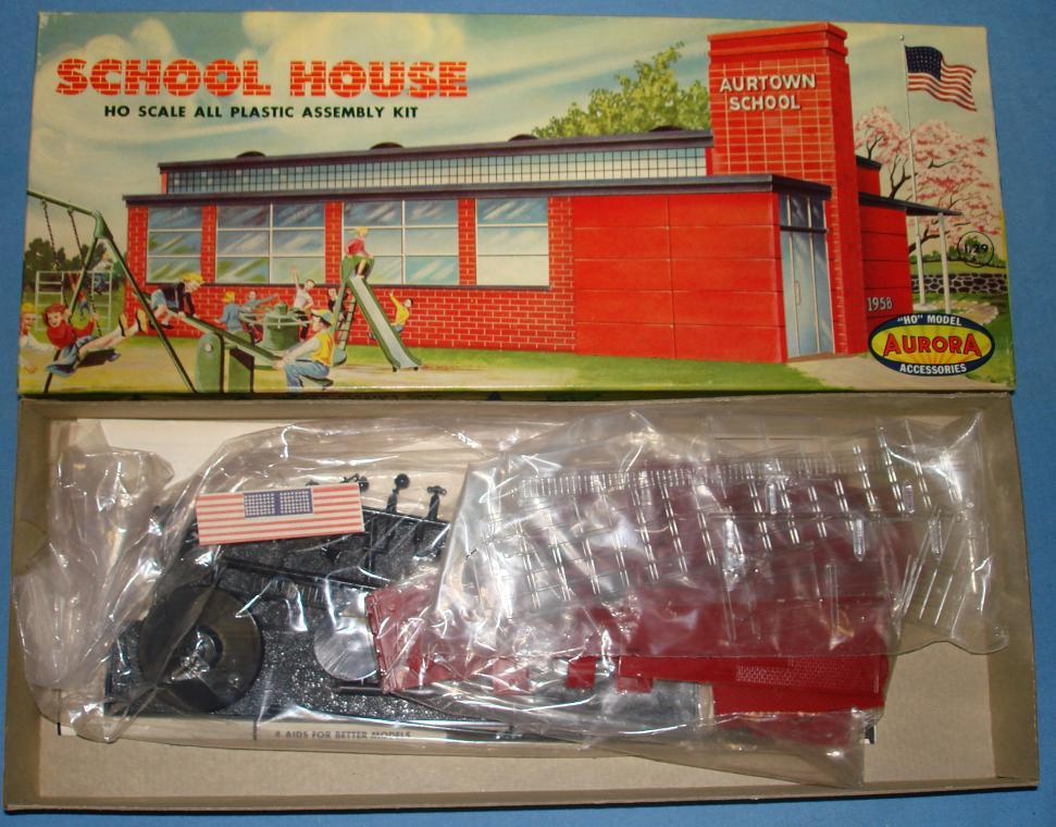 Aurora HO Scale Slot Car Scenery School House Model Kit #654