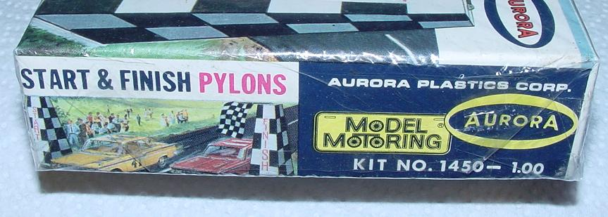 Aurora HO Scale Slot Car Scenery Start Finish Pylons Model Kit #1450