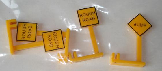 Aurora HO Scale Slot Car Rough Road Bump Scenery Street Signs